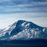 покрытый снегом библейская гора Арарат